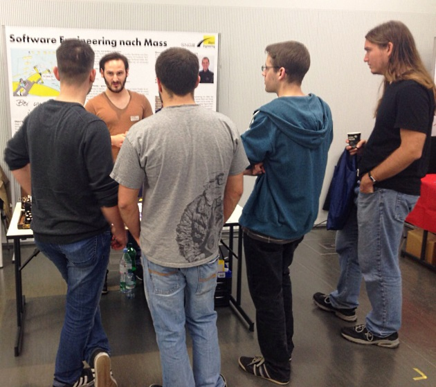 Stand of Object Engineering GmbH at the job exchange in HS Rapperswil with interesting people.